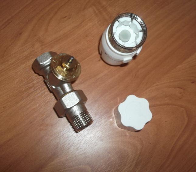 Терморегулятор радиаторный в разобранном виде