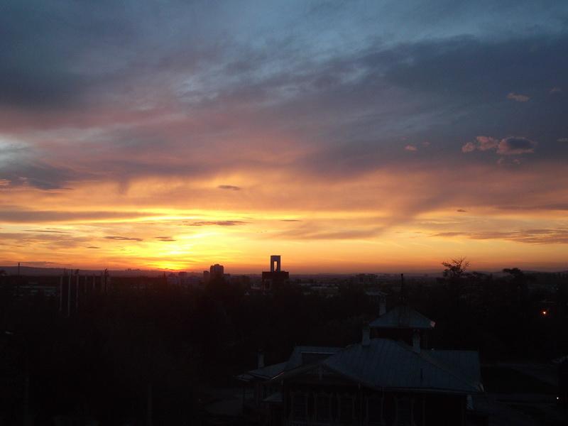 Вид вечернего Иркутска
